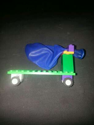 Balloon Powered Lego Car | superstevied
